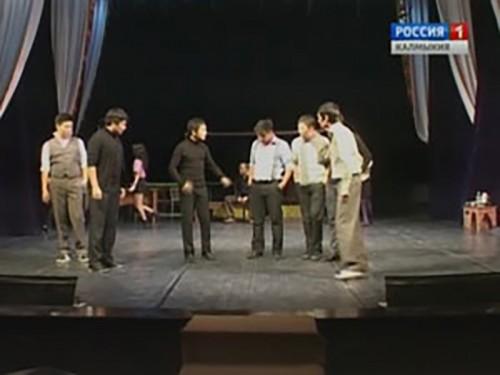 В Национальном драматическом театре премьера спектакля «Элистинский вальс»