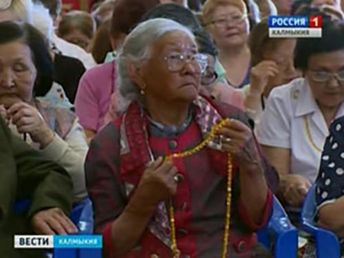 В Калмыкии отмечают национальный праздник «День рождения Будды Шакьямуни»