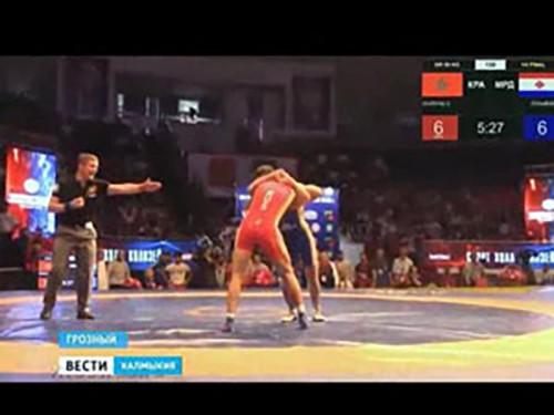 Мингиян Семенов завоевал бронзовую медаль Чемпионата России по греко-римской борьбе