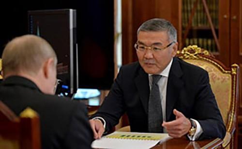 Владимир Путин провёл рабочую встречу с главой Калмыкии Алексеем Орловым