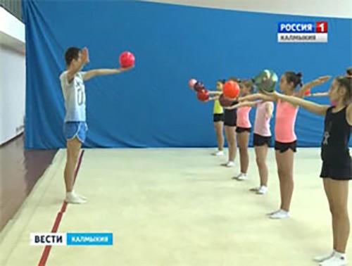 Александр Буклов провел мастер-класс по ритмической гимнастике