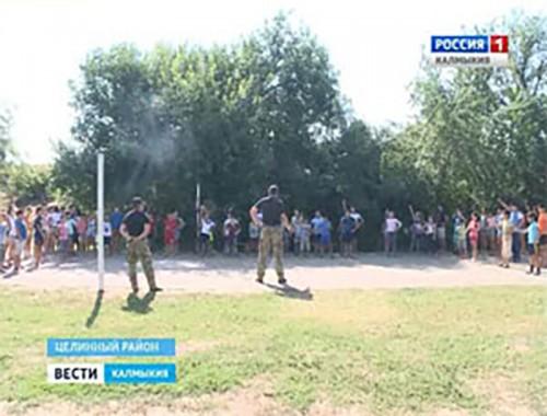 В Калмыкии прошла Всероссийская акция «Зарядка со стражем порядка»