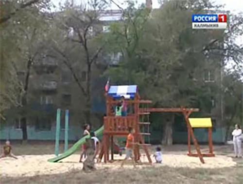 В республике появляются новые детские площадки