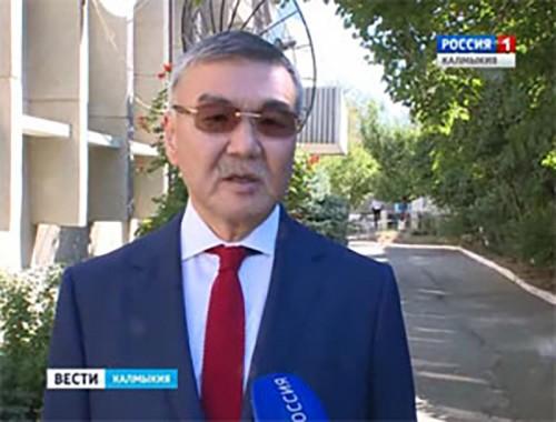 Глава Калмыкии прокомментировал провел заседание президиума Государственного совета