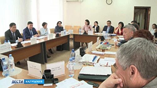 В преддверии 28 сессии Народного Хурала пройдут заседания в комитетах