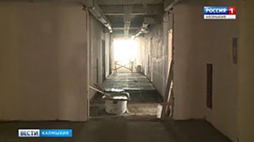 Глава региона проверил ход ремонтных работ в республиканской больниц