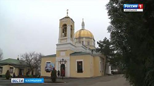 В дни святок в Казанском кафедральном соборе побывали школьники из районов