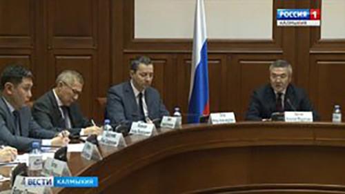 Алексей Орлов подвел итоги онлайн-общения с жителями на заседании президиума правительства