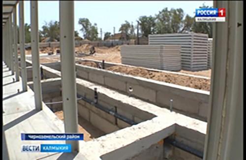 Продолжается строительство нового учебного блока Артезианской средней школы