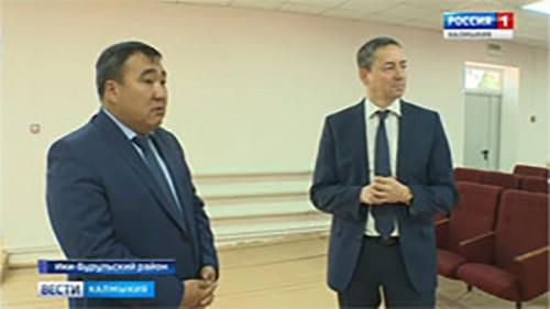 Игорь Зотов посетил Ики-Бурульский район