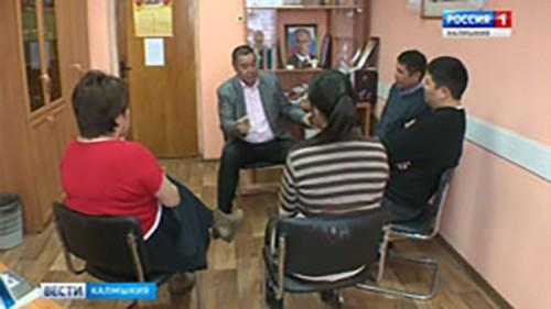 Санал Шавалиев провел встречу с журналистами Калмыкии