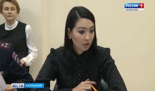 В президиуме правительства Калмыкии обсудили реализацию нацпроектов
