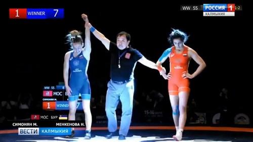 Нина Менкенова стала чемпионкой России по вольной борьбе