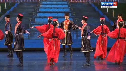 Театр танца «Ойраты» примет участие во Всероссийском фестивале народного искусства