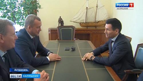 Бату Хасиков встретился с врио губернатора Астраханской области Сергеем Морозовым