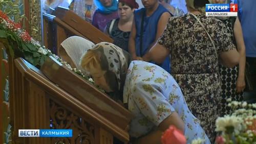 Православные верующие отметили Троицу