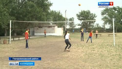 В детских лагерях отдохнут 4 тысячи ребят