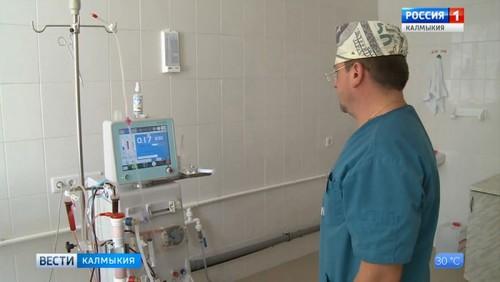 Врачи республиканской больницы спасли пациентку с разрушением печени