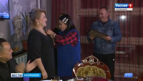 Жительница Калмыкии удостоена звания Герой Дагестана