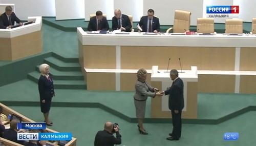 Алексей Орлов официально стал сенатором от Калмыкии