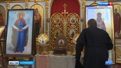 Христианские святыни открыты для поклонения в часовне Святого Сергия Радонежского