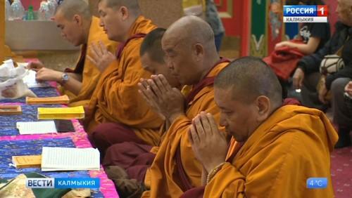 Статую Ламы Цонкапы в скором времени доставят в республику
