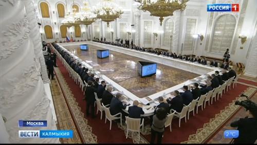 Бату Хасиков принял участие в заседании Госсовета