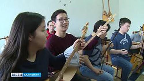 Элистинский колледж искусств получит финансирование на закупку музыкальных инструментов
