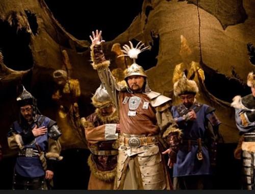 Сегодня в Национальном драматическом театре имени Баатра Басангова состоится торжественная церемония закрытия «Года театра»