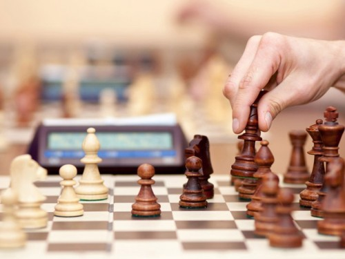 Сегодня в Элисте стартовал четвертый республиканский турнир по шахматам среди команд школ-интернатов
