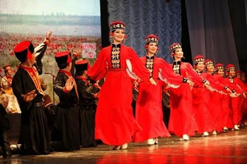 Творческие коллективы республики готовятся к концерту в Москве
