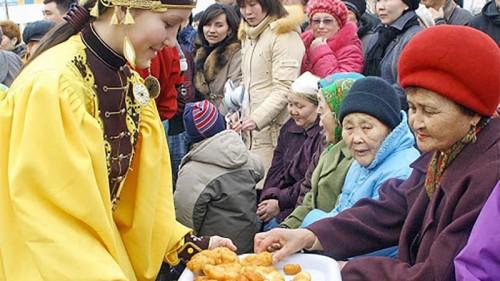 «Цаган сарин байр». В преддверии светлого праздника Цаган Сар в Калмыкии проходит благотворительная акция