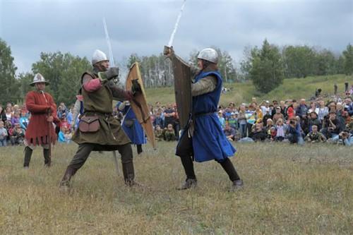 В Калмыкии планируют провести турнир по боям на мечах