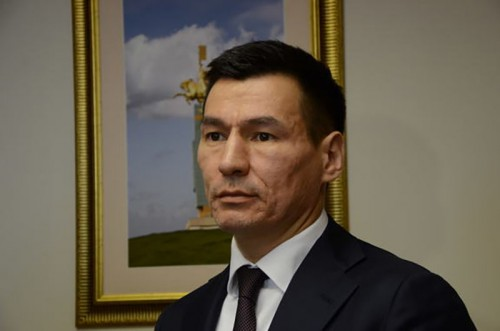 Глава Республики Калмыкия выразил соболезнования родным погибших в аварии под Элистой
