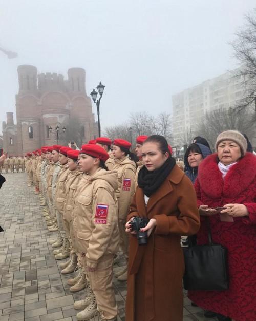Сегодня в Элисте состоялась торжественная церемония вступления новичков в ряды юнармейцев