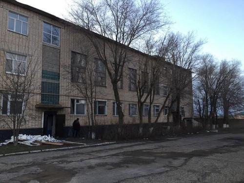 Началась реконструкция бывшего здания администрации Целинного района
