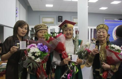 Сегодня состоялось торжественное заседание, посвященное Дню родного языка