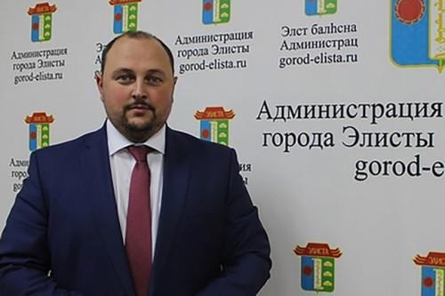 Дмитрий Трапезников избран на пост Главы Администрации степной столицы