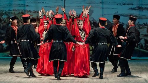 Мастера искусств республики в эти дни проводят репетиции перед выступлением на сцене Кремля