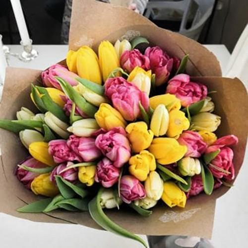 Роспотребнадзор следит за качеством цветов к празднику