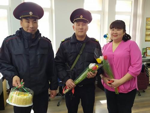 С праздником 8 марта женщин ГТРК «Калмыкия» поздравили сотрудники Управления Росгвардии