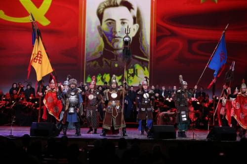 В Кремлевском дворце состоялся большой концерт мастеров искусств степной республики