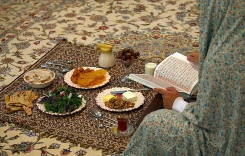 У мусульман начинается Рамадан - священный месяц поста