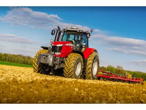 Аграрии Калмыкии могут приобрести сельхозтехнику с отсрочкой платежа