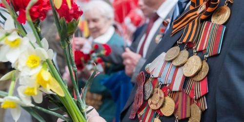 В Элисте началось адресное вручение памятных юбилейных медалей ко Дню Великой Победы