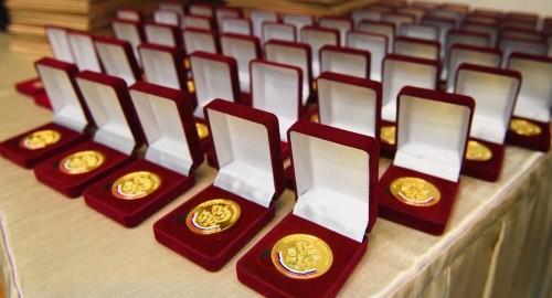10 процентов выпускников Калмыкии – медалисты