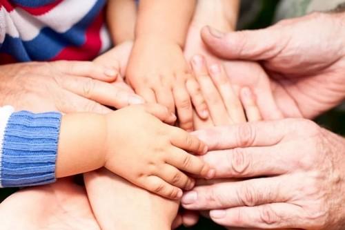 Семьи с детьми получат дополнительную финансовую поддержку региона