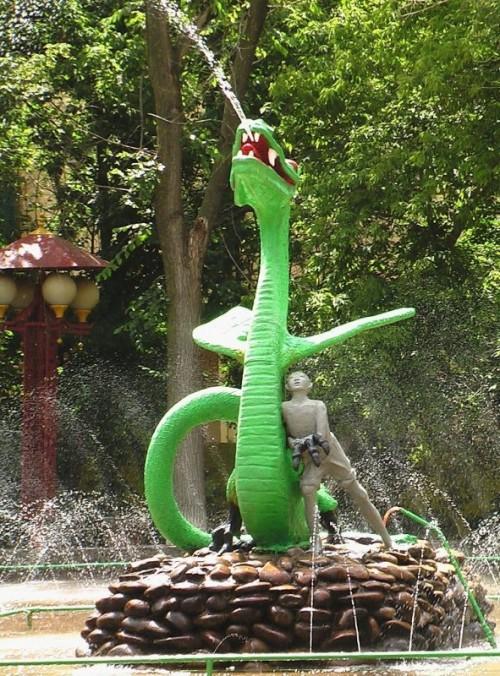 Скульптура «Мальчик и Дракон» будет отреставрирована