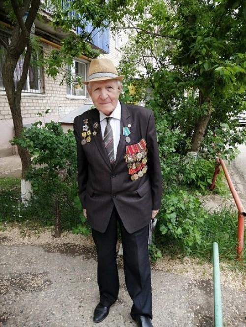 Сегодня 95 лет отмечает ветеран Великой Отечественной войны Петр Леонтьевич Леонтьев