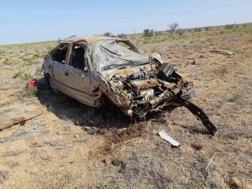 Двое жителей Черноземельского района стали жертвами смертельного ДТП